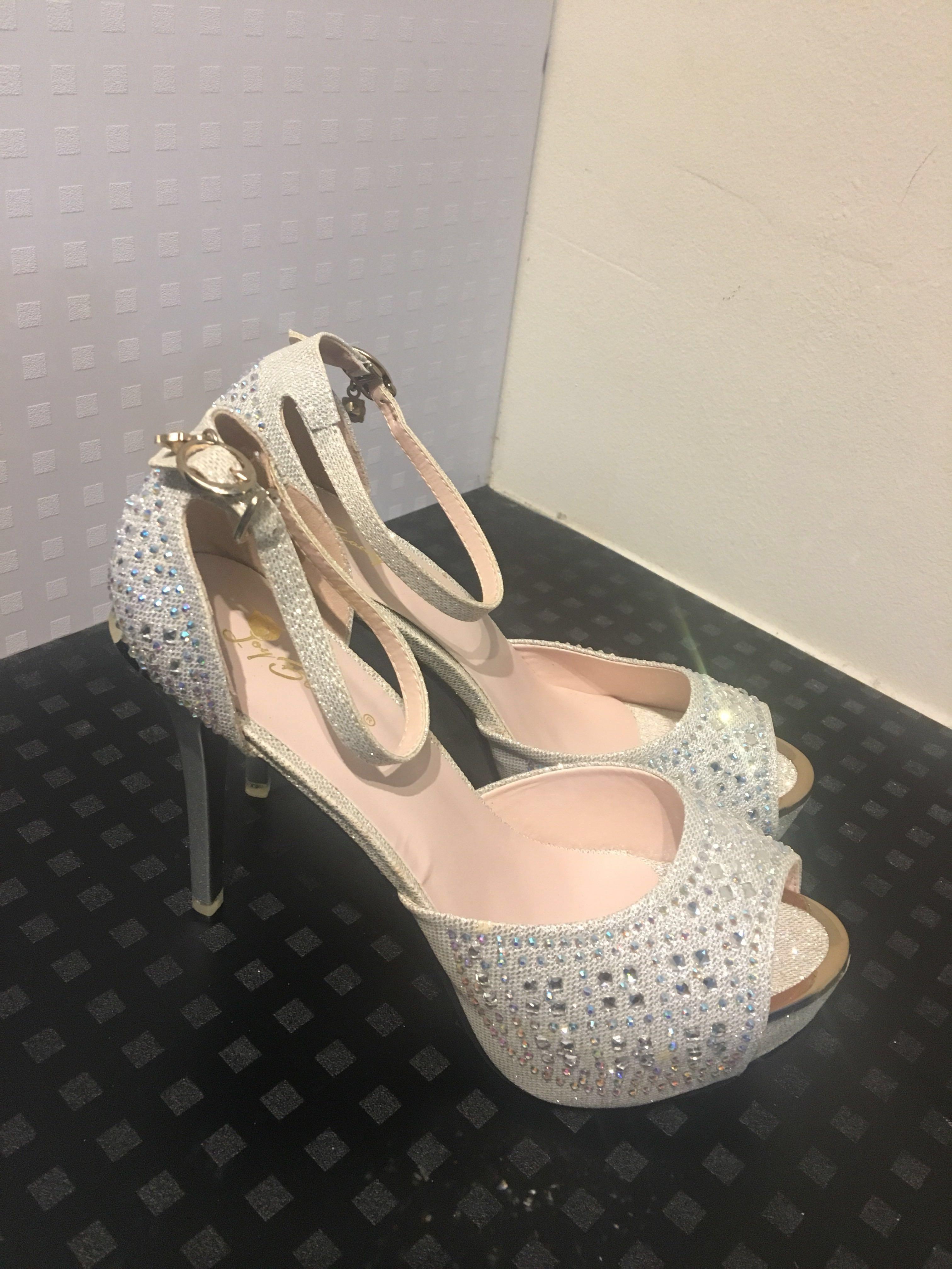 a92f628ee47 Wedding heels