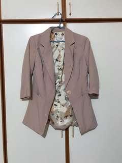 🚚 粉藕色西裝外套