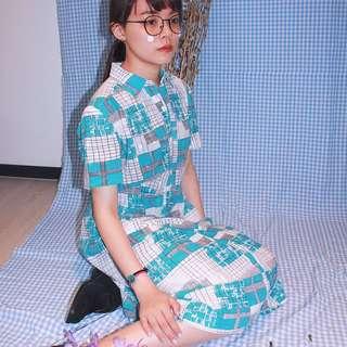 ✼藍白幾何方格洋裝✼ 不規則間隔撞色 ドレス線條 格子 排扣短袖過膝裙 dress 清新 日本古着 Vintage