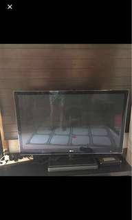 "LG 50PK950 - 50"" plasma FHD TV With sound plate"
