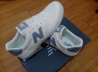 🚚 New Balance CRT300XF