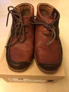 Camper size 39 shoe 靚皮靚色