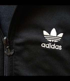 🚚 Adidas 外套(黑)