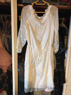 Europe White lace Dress with luxury fabric 歐洲超級靚喱士連身裙