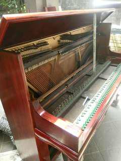 Piano Repair and tuning