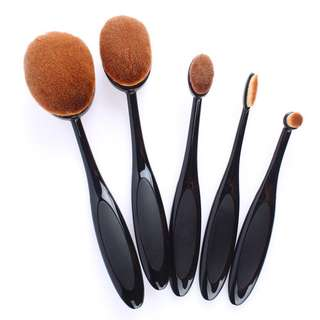 💫5 pcs oval makeup brushes