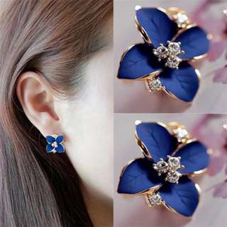BN Cute Gold Plated Charming Blue Flower Crystal Pierced Earrings [MJN38]