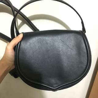 Mango Monki 黑色 black leather shoulder 實用袋 斜孭袋