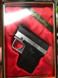 🚚 手槍造型打火機
