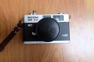 Kamera Analog Ricoh 35 ZF