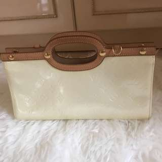 Louis vuitton roxbury 2007 100% authentic money back guaranteed