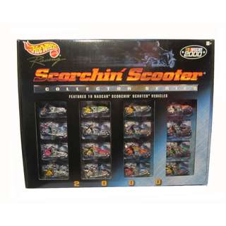 Hot Wheels Racing 2000 Scorchin Scooter NASCAR Collector Series 16 Bikes
