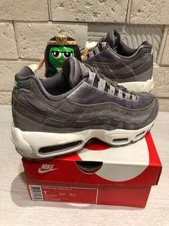 🚚 M錐二手美品買賣交流站 air max 95 LX 天鵝絨 經典鞋款 airmax 漸層 灰色 百搭