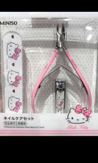 Hello kitty manicure set