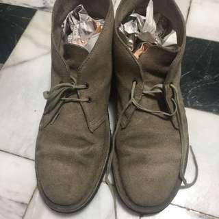 Clarks沙漠靴 沙色