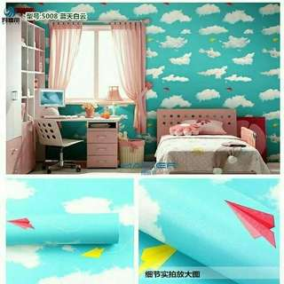 Wallpaper stiker motif awan