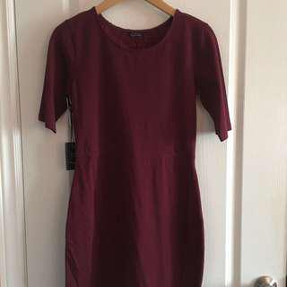 *PRICE DROP* ARITZIA NWT Burgundy Lace Back Detail Fitted Dress