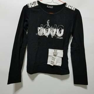 Long sleeves black shirt
