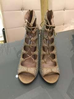 100%全新 NEW美國大牌STEVE MADDEN高貴性感水鑽閃閃杏色皮露趾高跟鞋Elegant sexy bling bling nude colour sandals heels