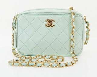 Vintage Chanel Tiffany blue羊皮金扣mini camera bag 19x12x5cm