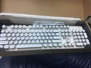 Royal Kludge Keyboard (RK920)