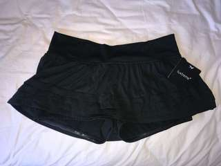 new lululemon skort/ ruffle shorts