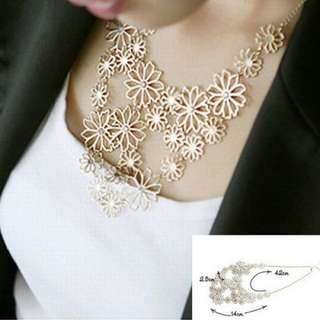 BN Jewelry Hollow Flower Chain Bib Collar Pendant Necklace [MJN90]