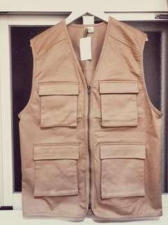 🚚 H&M漁夫工裝卡其色背心外套