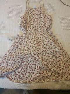 Cute flowery summer dress