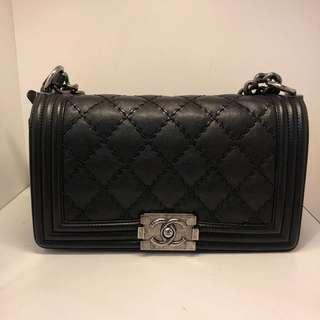 正品 95%新 Chanel Boy 25cm 黑色牛皮菱格銀色雙鍊上膊袋