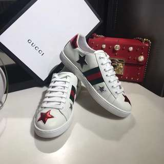 🚚 正品Gucci ace sneakers 星星款 綠紅綠織帶