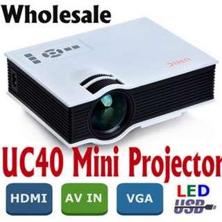 [Authentic] UNIC UC40+ Projector Korean Mini Pico Portable 3D Projector Home Theater multimedia AV VGA A/V USB SD with VGA HDMI Projector beamer Wholesale