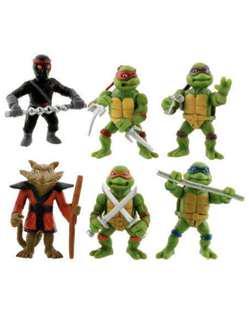 6 piece Teenage mutant ninja turtle figurines or cake toppers