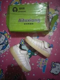 Sepatu full white impor sz 26 / 17cm