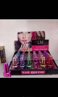 🚚 nail polish