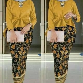 Bilqis set mustard 100.000  bahan korean silk blus pinguin  ld100cm ada tali belt nempel+rok batik silk prada motif asli pinggang karet 0.29