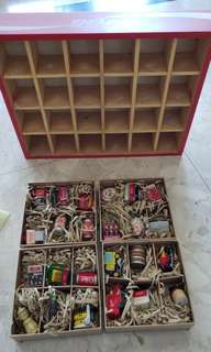 Coke Cola Classic Collectables, 24 pcs with wood tray, 90% New