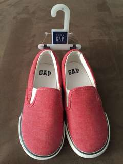 Gap kid shoes