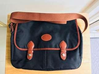 Long Champ Laptop Messenger Bag