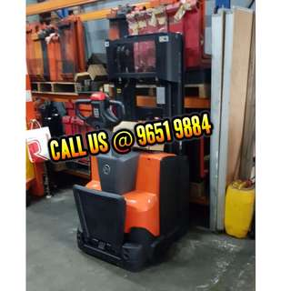 New / Used Electric Stacker