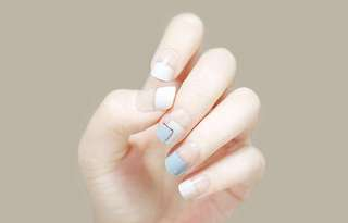 FREE SHIPPING Innisfree dashing diva magic press on nails