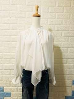 🚚 (正韓吊牌未拆)假2件領巾白襯衫肩36cm胸48cm衣長64cm