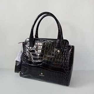 Aigner Ivy Croco Black Size 25x21x13cm