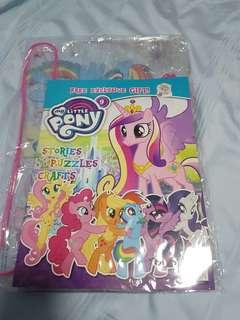 My Little Pony Magazine and beach bag