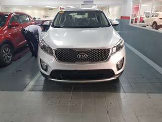 KIA Sorento 2.2L CRDi EX AT 8 Speed