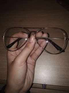 Kacamata vintage kekinian