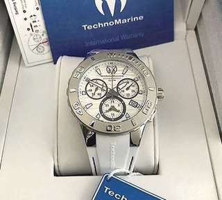 Authentic Technomarie cruise one