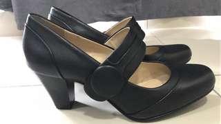Clarks Alphine Clover Size UK 4