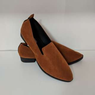 🚚 BN Brown Loafers Shoes