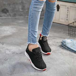 Sepatu sneakers bagus import premium kualitas real picture ya bandung